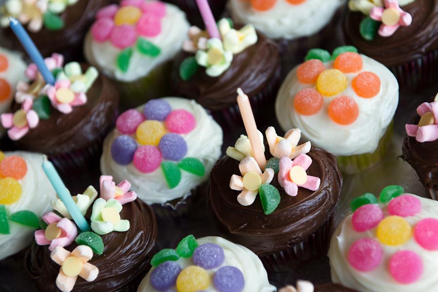 debbie s cupcakes my cousin debbie s wonderful cupcakes