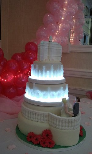 wedding cakes vegas las vegas wedding cake bellagio las vegas wedding cake 8924