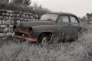 Old rusty car (Simca 9 ?) | by Another Seb