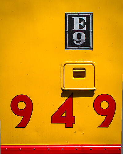 UP 949 E9 Plate | by steveeshom