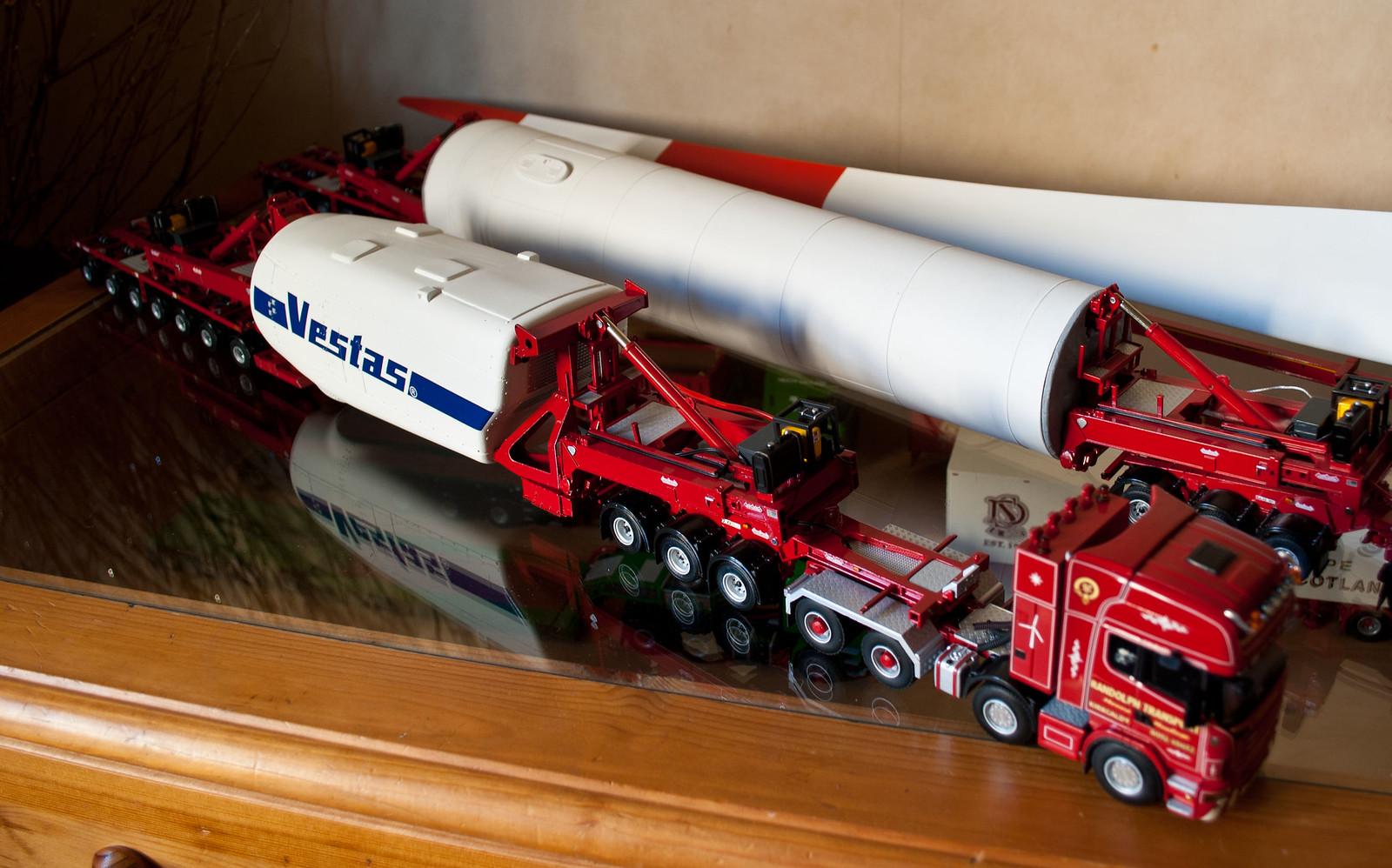 Wsi Tekno Corgi And Emd 1 50 Scale Model Trucks Flickr
