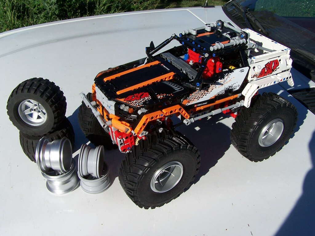 Four Hollowpoint Scale Comp 2 2 Tires Mounted On Lego 2296