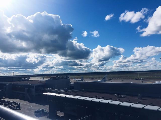 Untitled, helsinki-vantaa, lentokenttä, lentoasema, airport, helsinki-vantaa airport, suomi, finland, view, maisema, näköalatasanne, finnair, lentokone, aircraft, white and blue, sun, Observation deck, helsinki-vantaan lentoasema, interview, haastattelu, cabin crew, matkustamohenkilökunta, lentoemäntä, stewardess, flight attendant