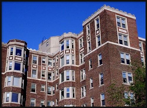 Jefferson Park Avenue Apartments