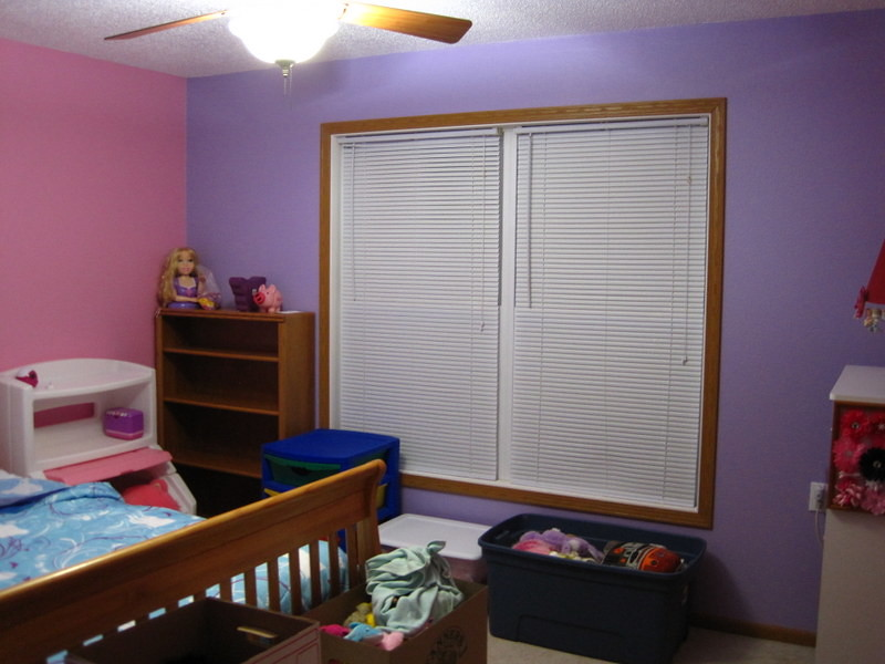 Painting Room - pink and purple 029