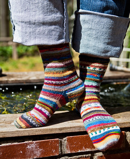Mismatched 4 x 4 Socks | by LollyKnit