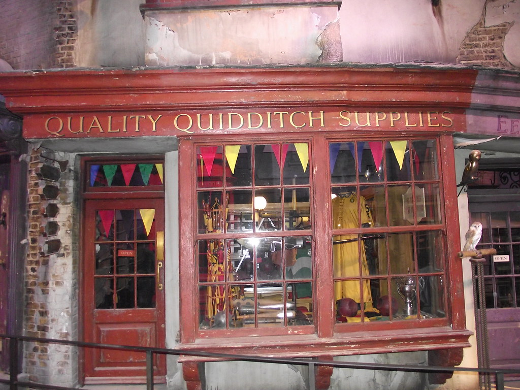Quality Quidditch Supplies Universal Quality Quiddit...