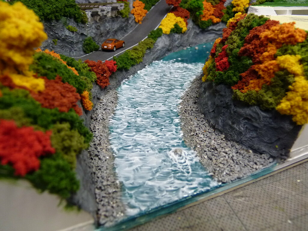 Japan N gauge Diorama 鉄道模型/鉄道情景 - Step 13 Create waves in …   Flickr