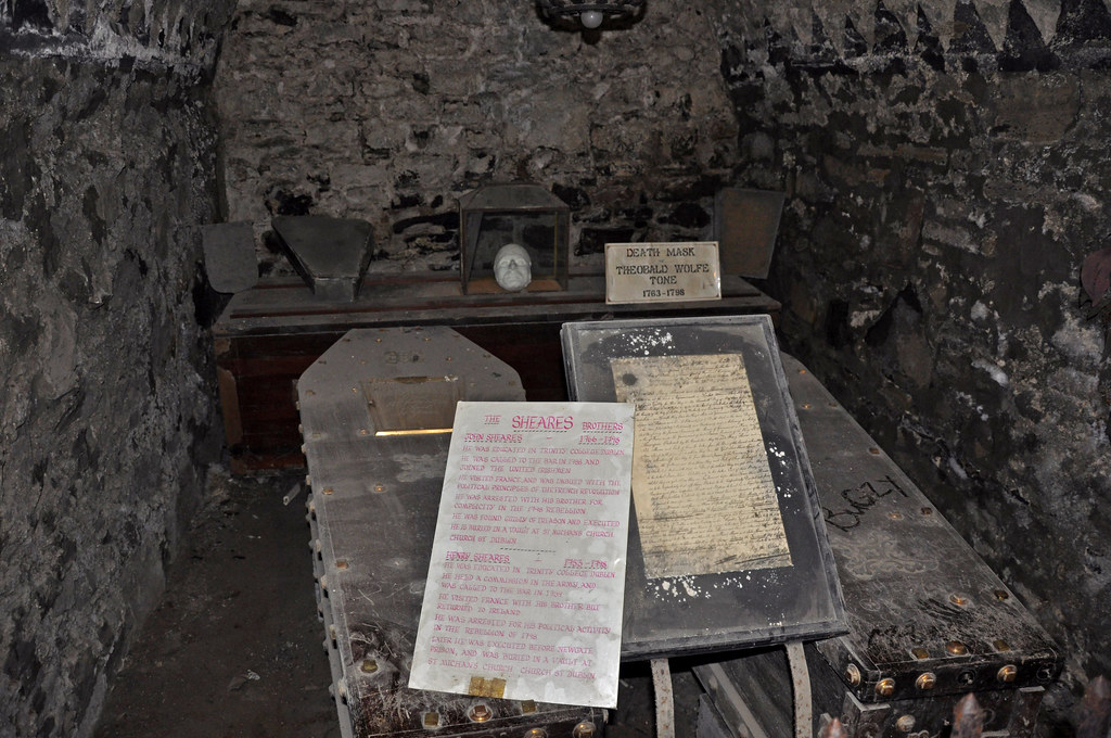 St Michan's Church crypt | The vaults contain many ...