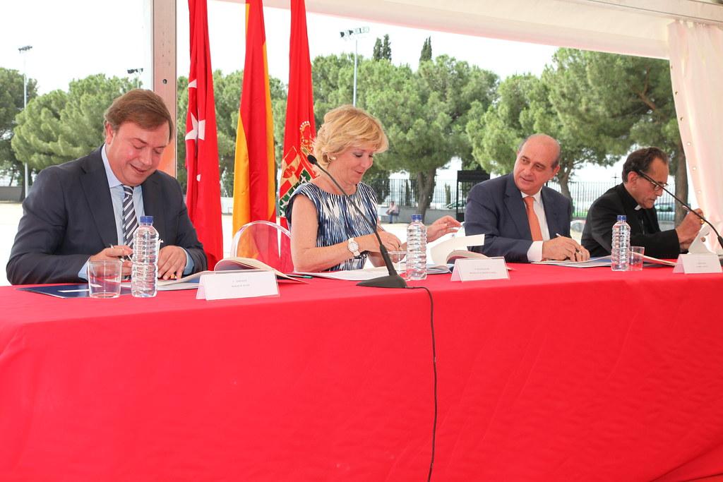 El ministerio del interior suscribe un convenio de colabor for El ministerio del interior