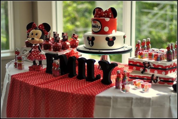 Minnie Mouse Cake This Is A Picture My Client Sent
