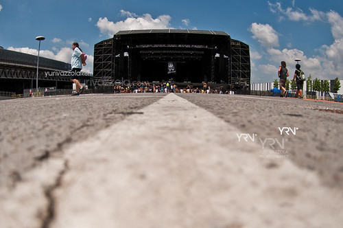 Crowd @Rock In IdRho 2012 | by YRV* Photographer