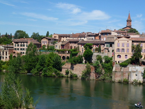 River bank in Albi | by pet_aud