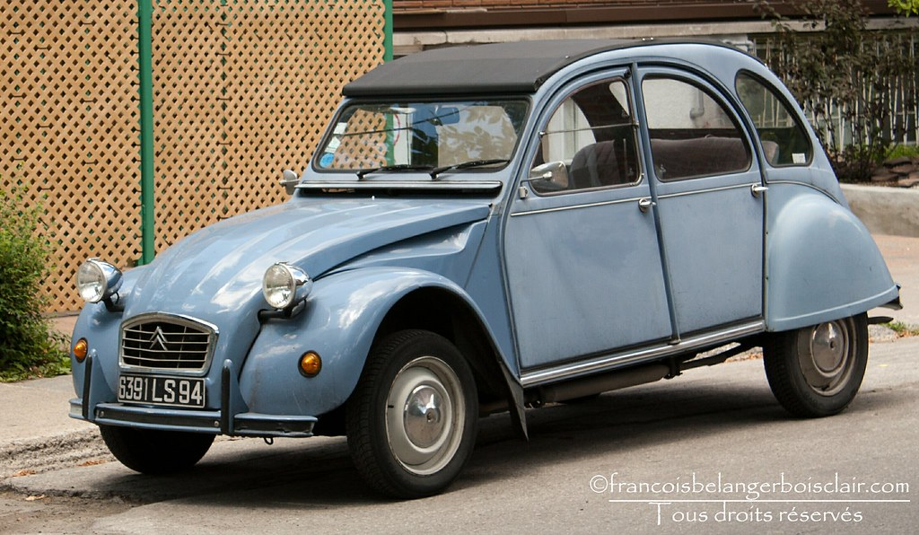voiture ancienne citro n 2cv dit deuche citro n 2cv dit de flickr. Black Bedroom Furniture Sets. Home Design Ideas