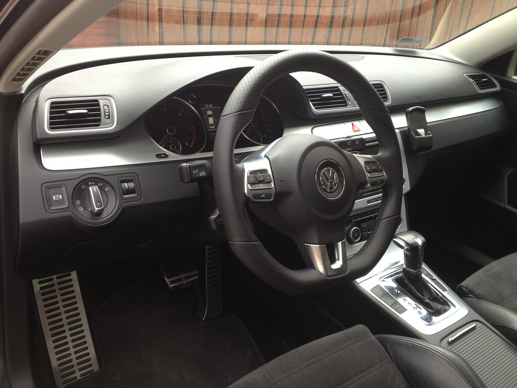 my 2006 vw passat 3c interior my 2006 volkswagen passat. Black Bedroom Furniture Sets. Home Design Ideas