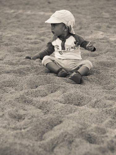 146/366 - Playing sand | by Flubie