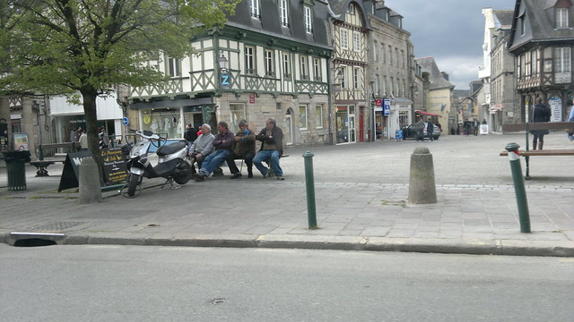 sitting on a bench pontivy flickr photo sharing. Black Bedroom Furniture Sets. Home Design Ideas