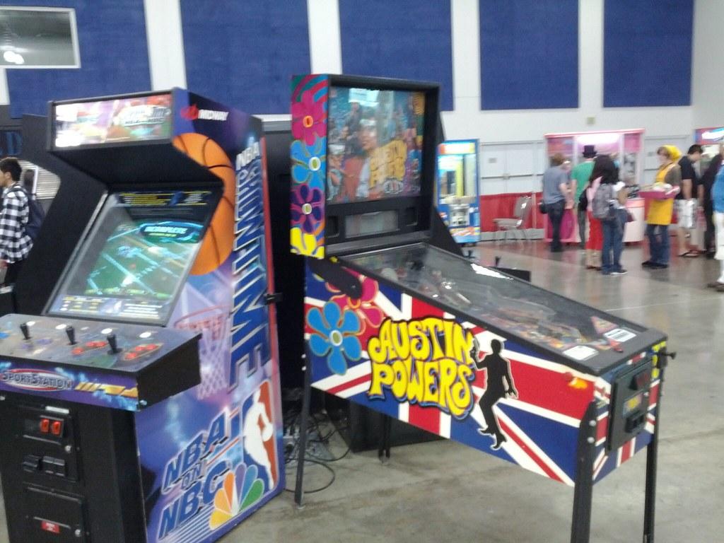 Austin Powers Pinball Machine Calaggie Flickr