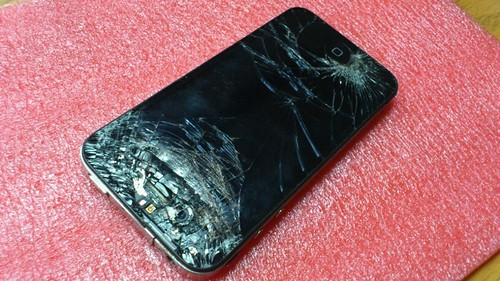 cracked iphone screen repair iphone 4 screen repair in johannesburg check 4915
