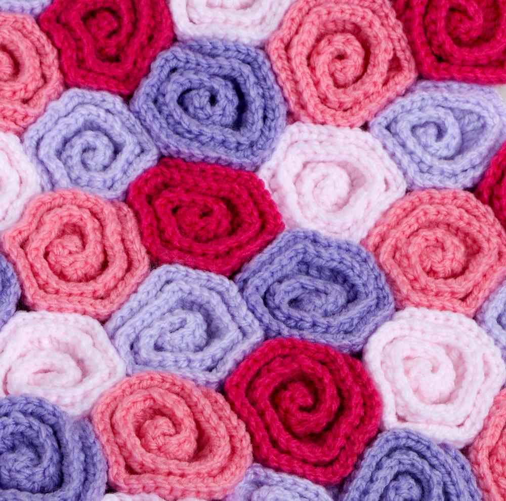Crochet Baby Blanket Field of Roses | Crochet pattern here: … | Flickr