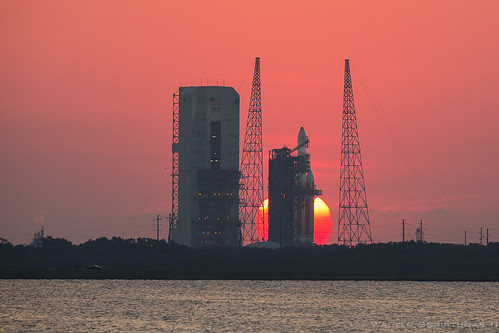 Delta 4 Heavy NROL-15 | by Scriptunas Images
