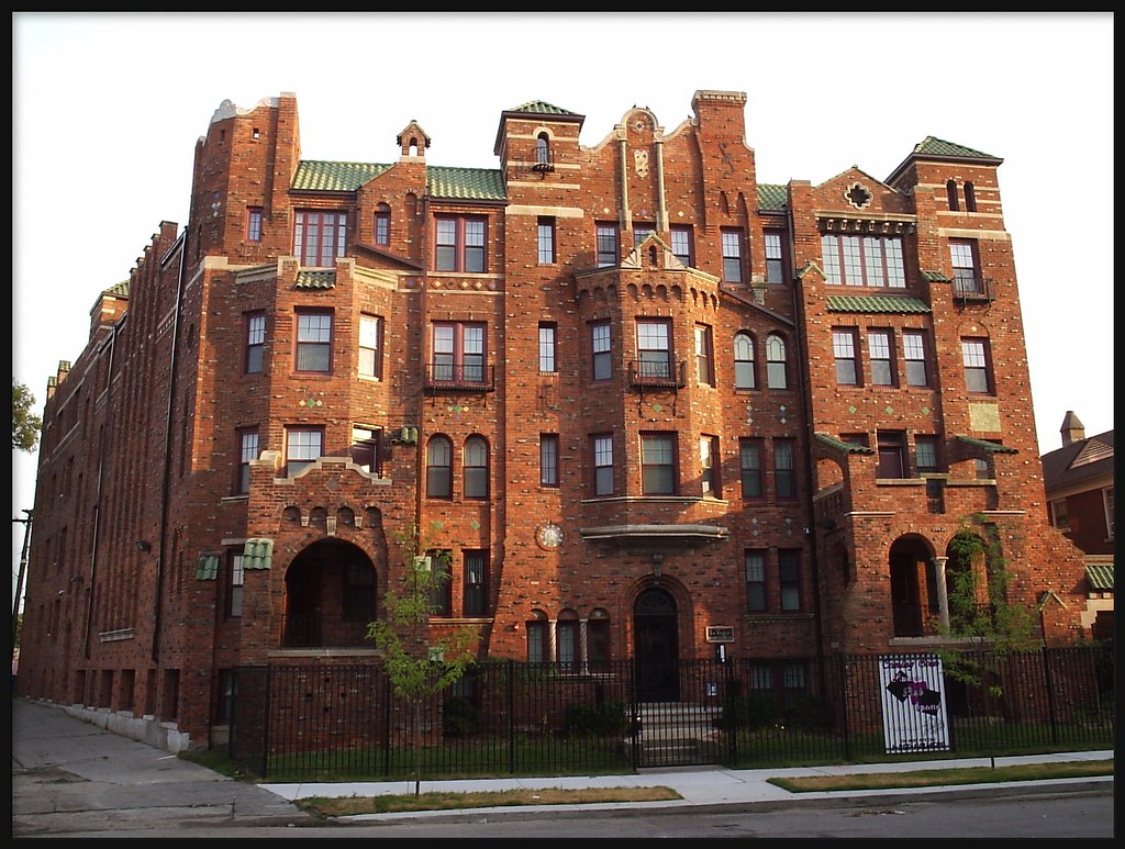 Linwood Park Apartments For Sale