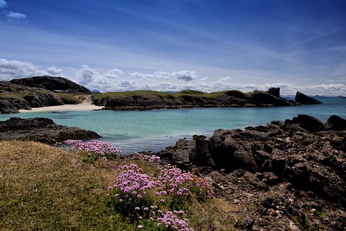 Clachtoll Bay and Split Rock | by emperor1959 www.derekbeattieimages.com