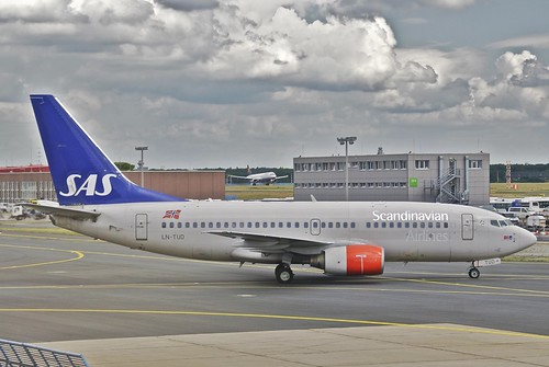 Scandinavian Airlines Boeing 737-700; LN-TUD@FRA;01.06.2012/653fq | by Aero Icarus