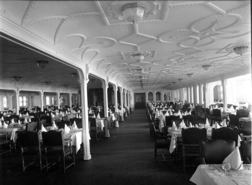 1st Class Jacobean Style Dining R.M.S. Olympic (twin Sister Ship Of R.M.S.  Titanic). 1st Class Jacobean Style Dining