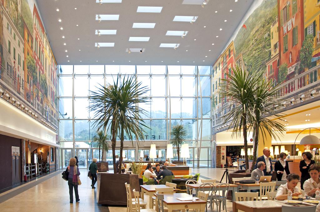 centro commerciale le terrazze la spezia - ingresso 2 | Flickr