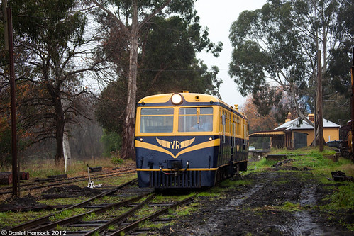 RM22 departs Healesville on a shuttle to Tunnel Hill. | by pheonics153