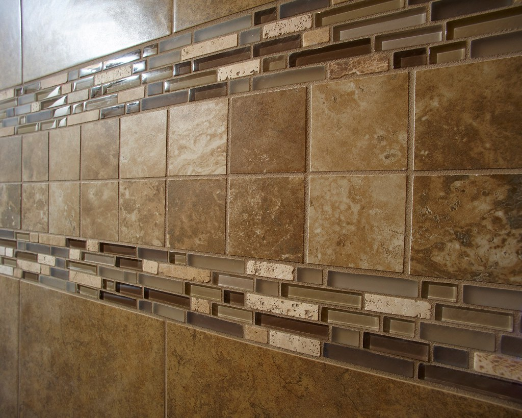 4\' Ceramic Tile Shower | Portage 3277 | Wayne Homes | Flickr