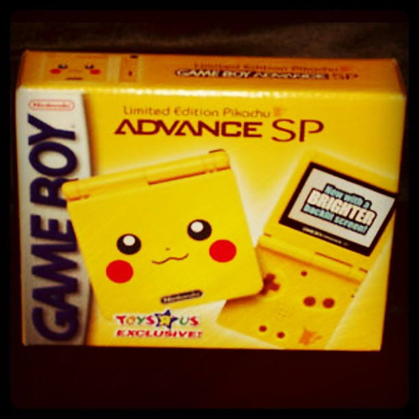 Toys For 9 And Up : Rare pikachu game boy advance sp toys r us exclusive any