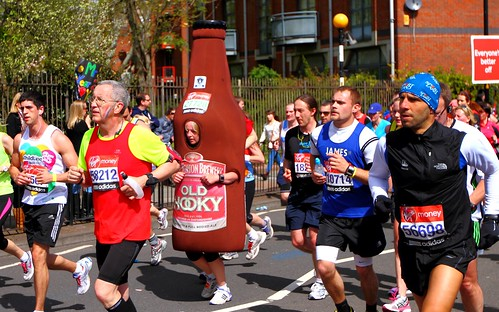 31327 A runner dressed as a bottle of Old Hooky Beer | by Over The Rope