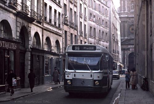 paris bus 96 dans le marais 1981 jeune ratp 9054 sur li flickr. Black Bedroom Furniture Sets. Home Design Ideas
