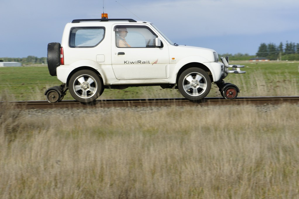 Hi Rail Vehicle Hrv Kiwirail A Road Vehicle Fitted