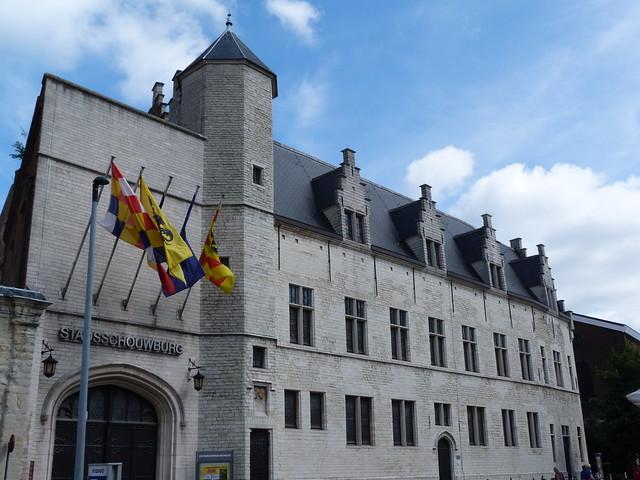 Palacio de Margarita de York en Malinas (aquí viví Carlos V en su niñez)