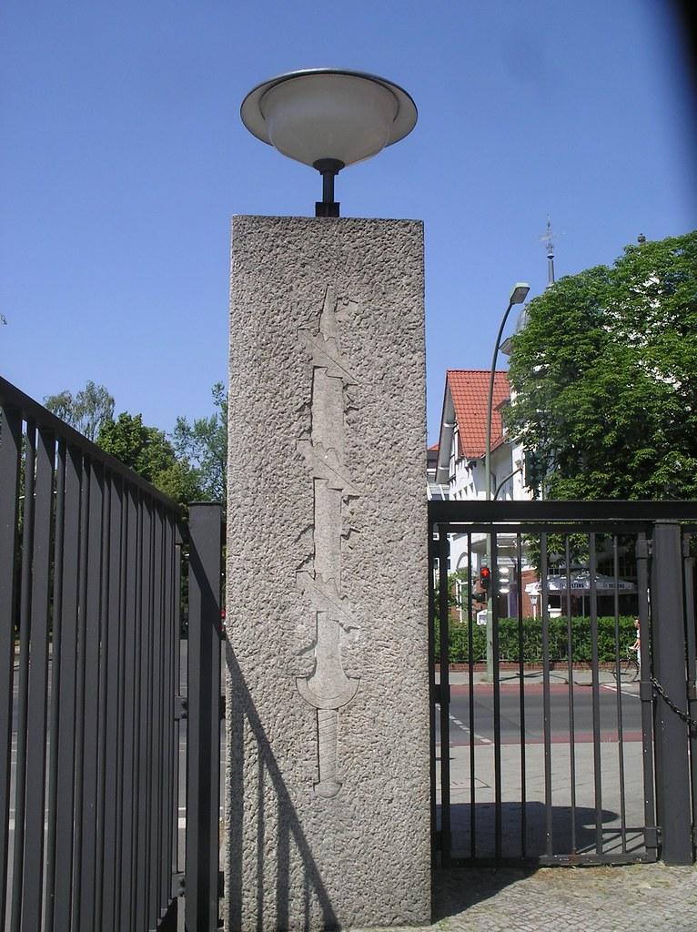 1937  38 berlin  u00f6stlicher torpfeiler kaserne 1  ss