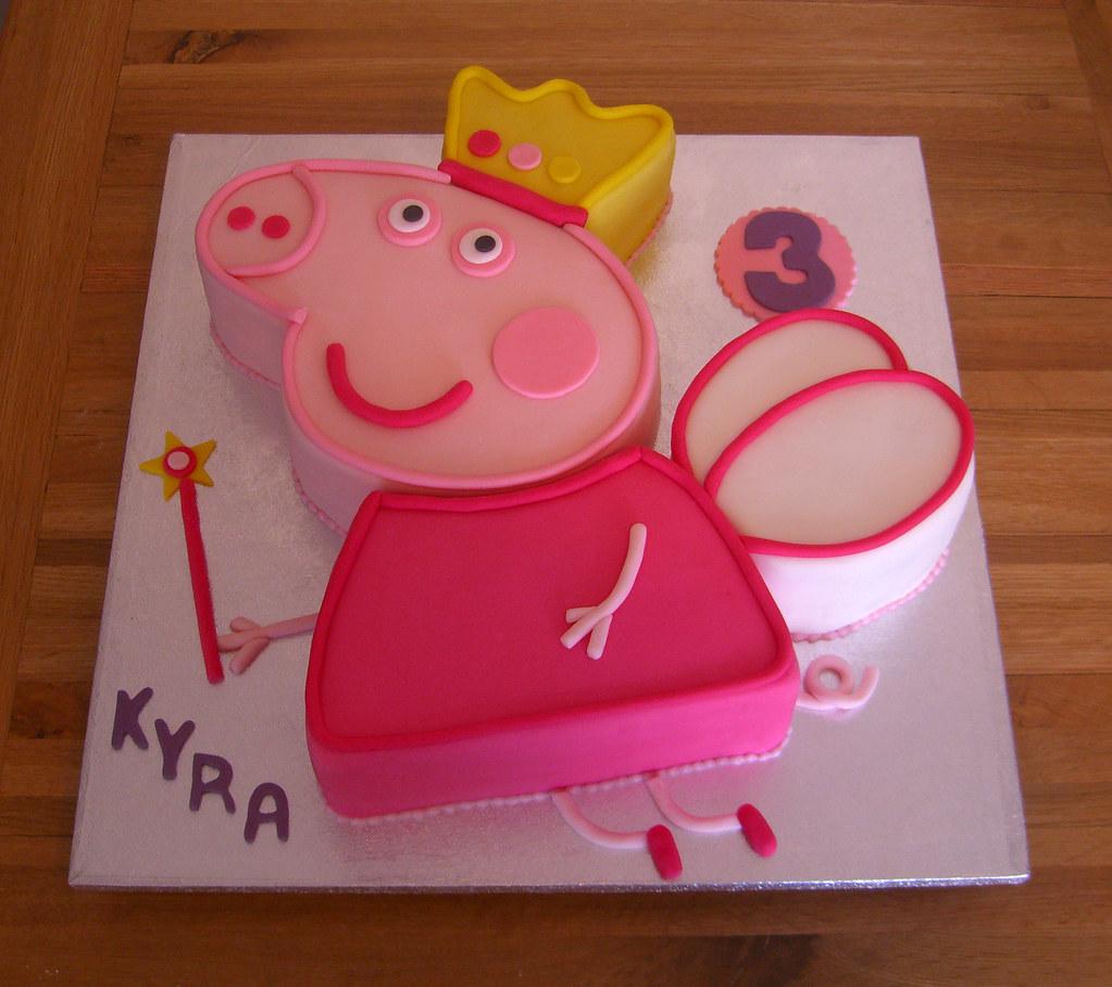 Peppa Pig Fairy Princess Cake | Fondant covered Peppa Pig sh ...
