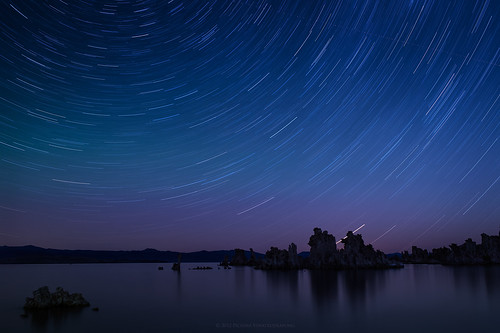 Star Trail and Aurora Borealis at Mono Lake, California | by Pichaya V. (Zolashine)