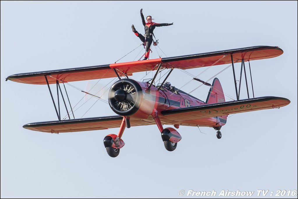 46 Aviation Wingwalker Danielle , 46 Aviation , N450D , Stearman, Kaydet , Meeting Aerien Roanne 2016 , Wingwalker Danielle , Canon Reflex , EOS System