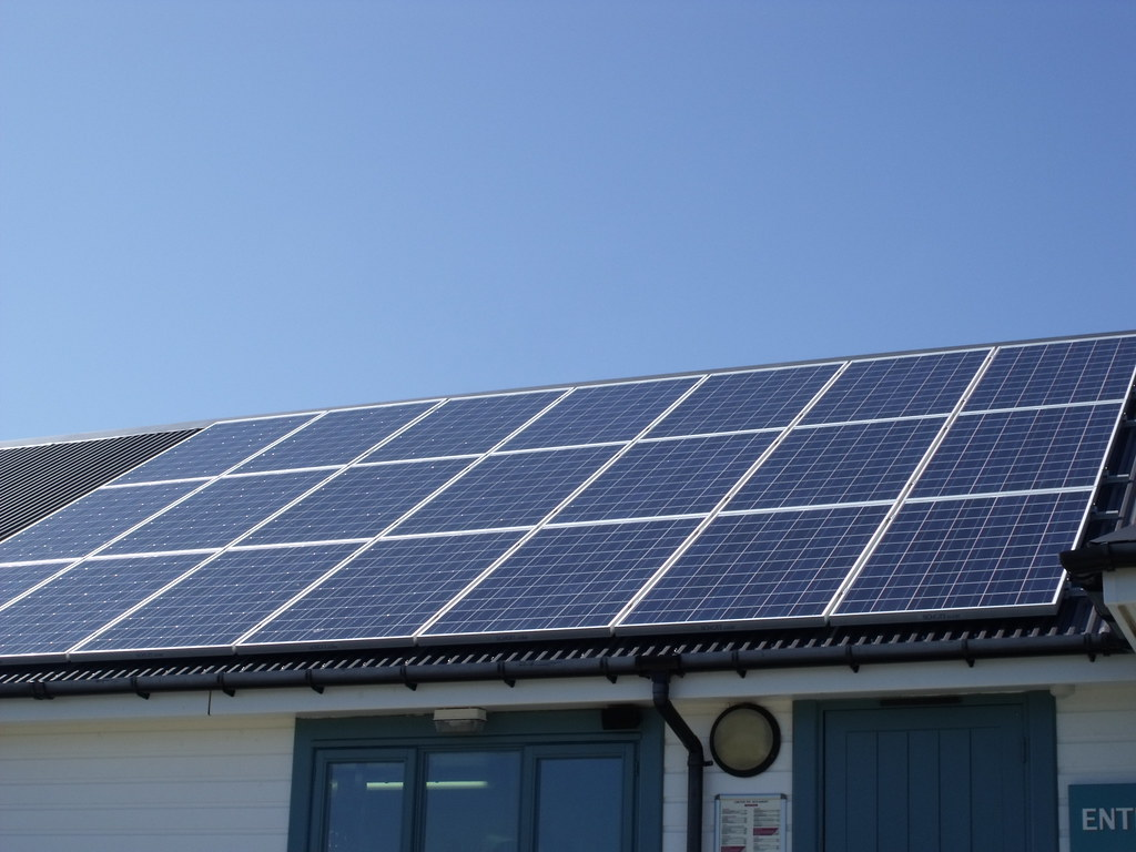 portland bill solar panels above shop and ice cream buil