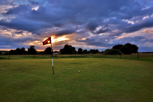 6th at the Old Course, Minchinhampton | by Mike Dorey