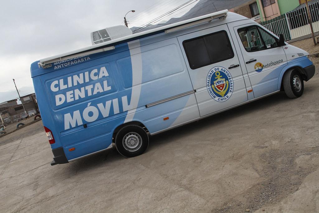 Clinica dental movil en villa juan pablo ii municipio lanz flickr - Clinica dental moderna ...