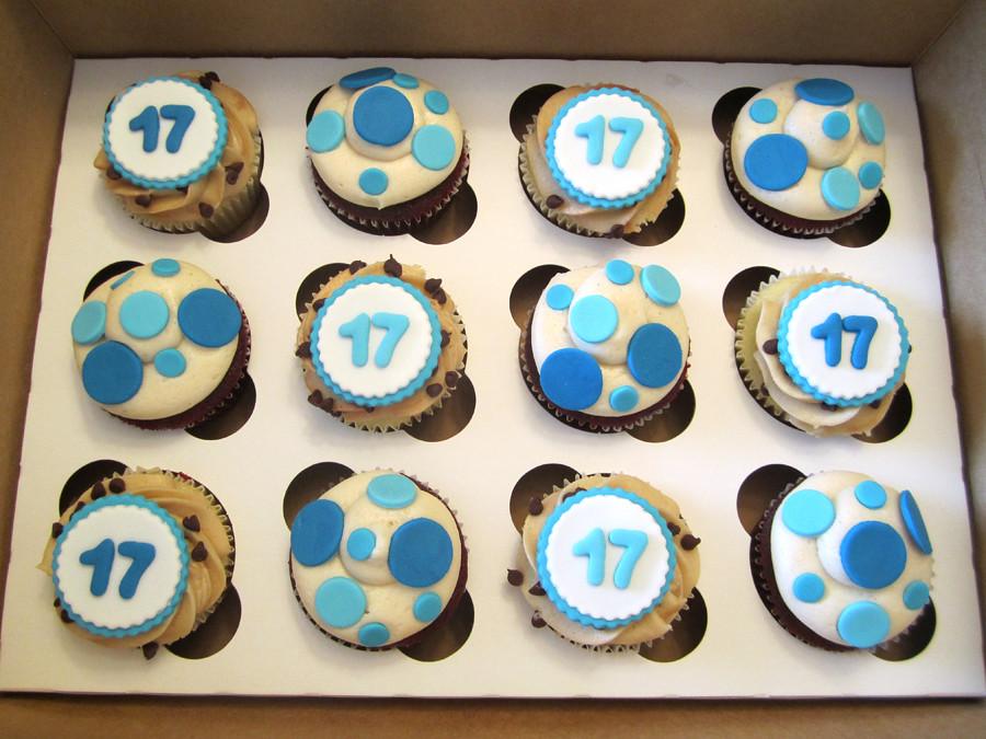 Polka Dot Cupcake Decorating Ideas