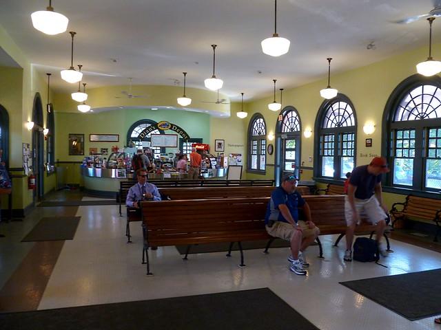 Attleboro train station hours