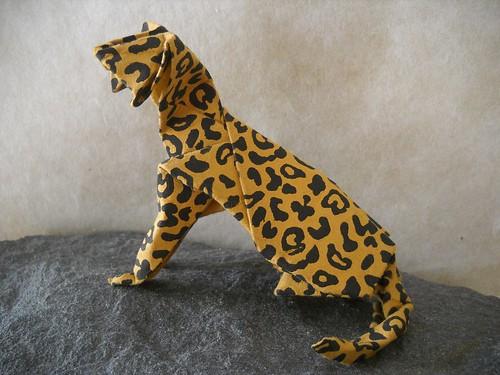 Leopard Cat | This is Hideo Komatsu's cat design. I found ...