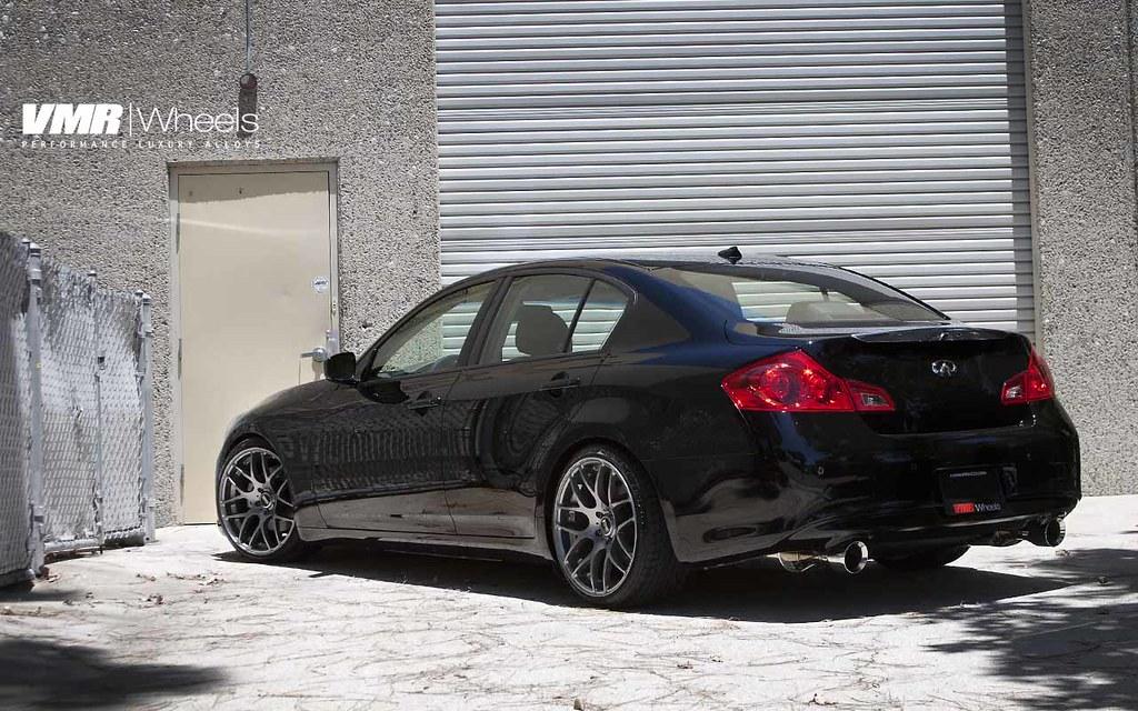 """VMR Wheels   19"""" Gunmetal V710 on Black Obsidian Infiniti ..."""
