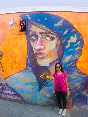 com grafitte em valparaiso