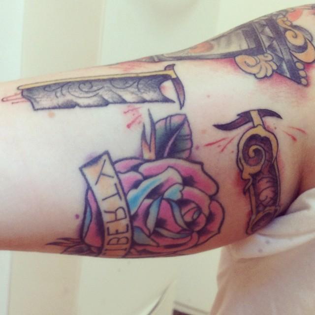 cut throat switch blade razor tattoo | Flickr - Photo Sharing!
